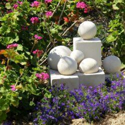 Garden Club and Hebel sculpture (Adriaan Van der Lught workshop)